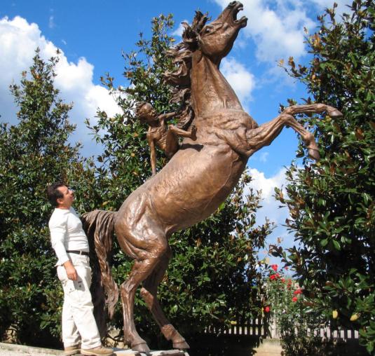 La forza dell'entusiasmo verso il futuro c cod'144 cm.350-2003_monumenti-in-bronzo-statue-sculture-per-giardino-1