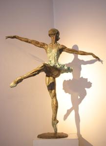 Grande ballerina cm 88x79x50 anno 1998 - statua donna ballerina sculture statue donne statuine statuette ballerine in bronzo
