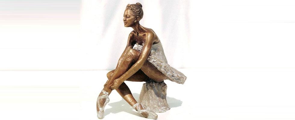 Statua-di-donna-ballerina-in-bronzo