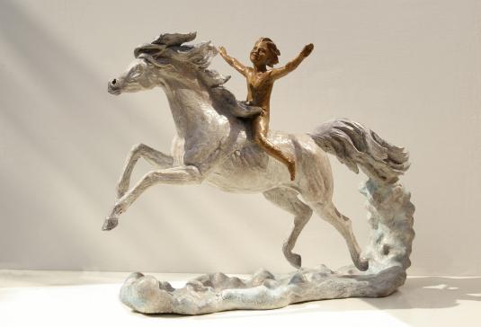 175-Marco-che-cavalca-il-vento-a-il-sogno-di-Marco-cod.175-bronzo-cm-41x60x21-anno2008175-Marco-che-cavalca-il-vento-a-il-sogno-di-Marco-cod.175-bronzo-cm-41x60x21-anno2008 - scultura cavallo, statua cavallo, statue di animali, sculture di animali, statue di cavalli, statue animali per giardino